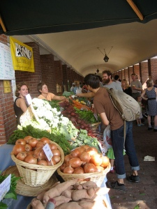Headhouse Square Farmers Market, Philadelphia