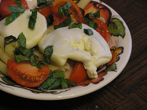 Burrata with pasta