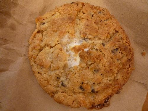 Momofuku Milk Cookie